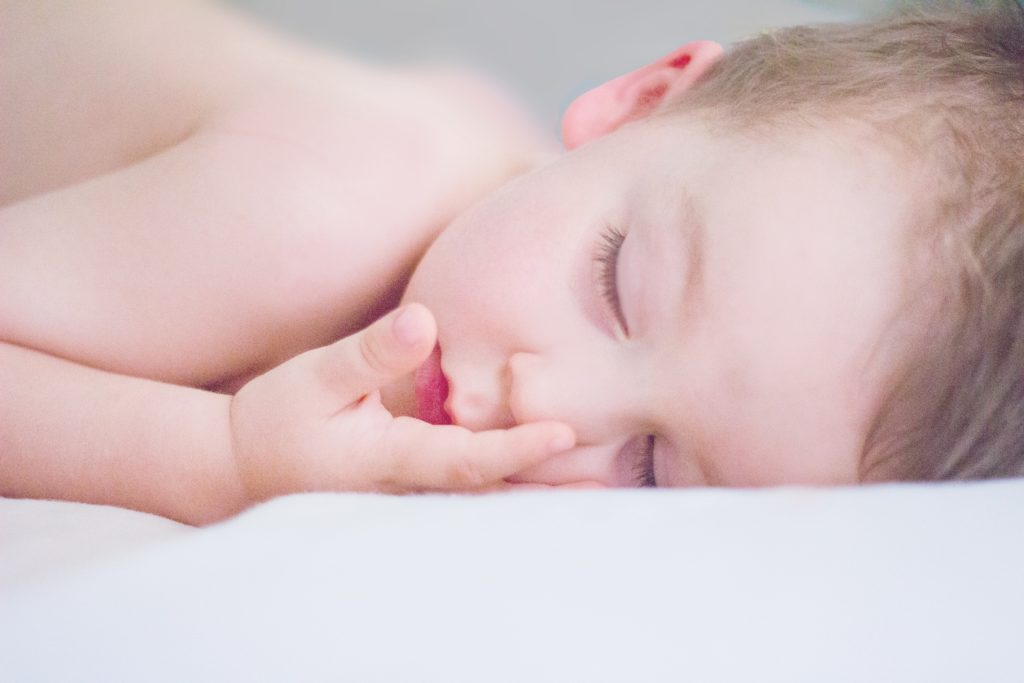 copiii pot dormi
